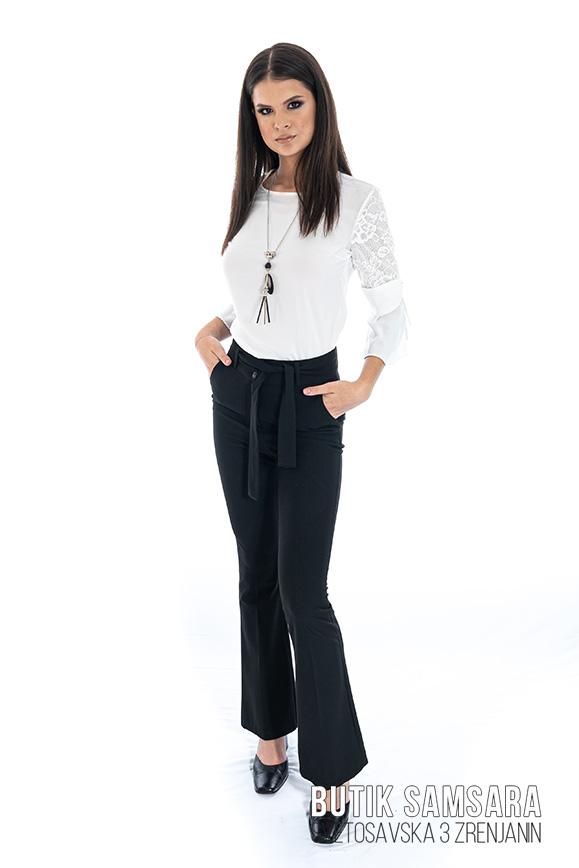 butik samsara zrenjanin zenske crne pamtalone bela bluza 017