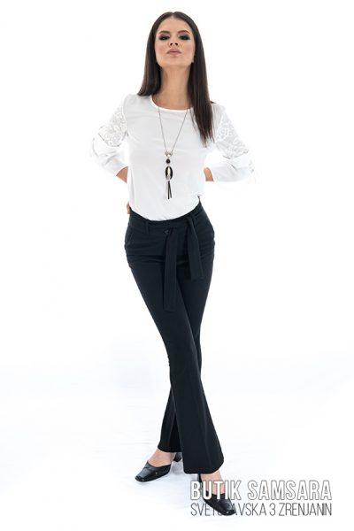 butik samsara zrenjanin zenske crne pamtalone bela bluza 023